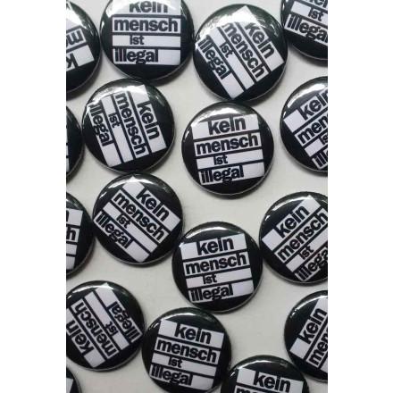 True Rebel Button Kein Mensch Black
